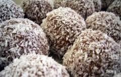 Perle-piccanti-di-cocco,-cioccolato-e-rum